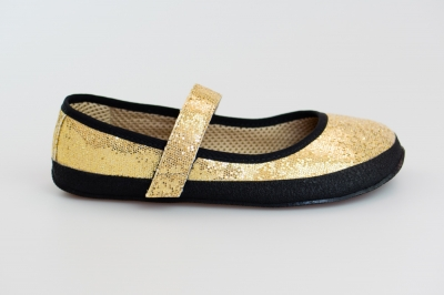 Golden ballerina (Sundara)